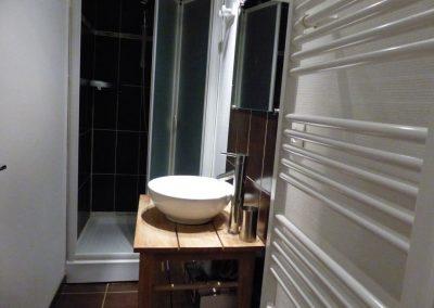 Appartement Les Crêtes, la salle de bain avec douche